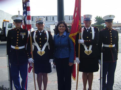 Ceci Iglesias honors Veterans