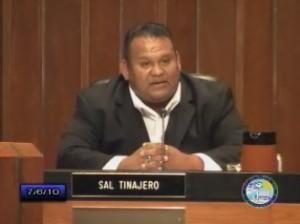 Sal Tinajero honors Kenneth Nguyen