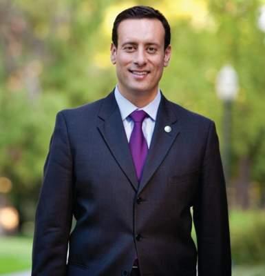 Assemblyman Roger Hernandez