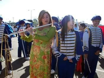Loretta Sanchez pandering to Vietnamese voters