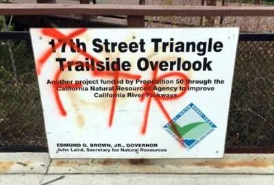 17th Street Tagging in Santa Ana