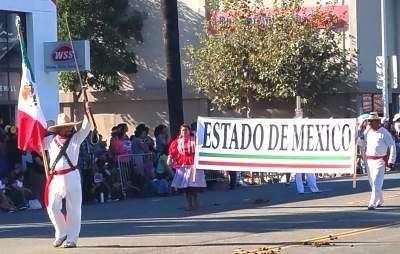 Estado de Mexico at the Fiestas Patrias Parade