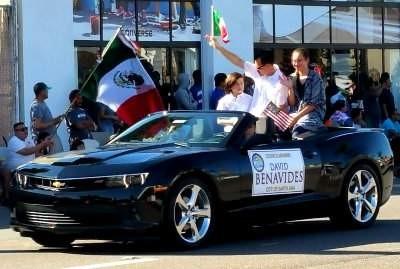 David Benavides at the 2015 Fiestas Patrias Parade