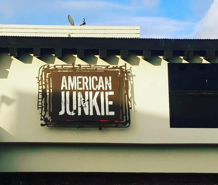 american-junkie-bar